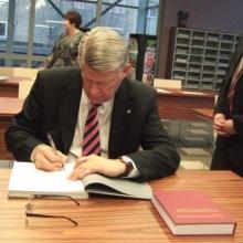 Latvijas prezidenta Valda Zatlera vizīte Tukuma bibliotēkā